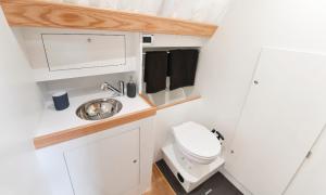 WC rRum Ovni 395
